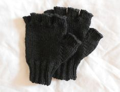 A pair of warm woolen fingerless gloves are a must for any fall and winter wardrobe. Fingerless gloves provide the warmth of regular gloves while leaving your fingers free, which makes them ideal for both indoor and outdoor wear - and they look really cool besides! Theyre also especially