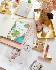"""""""Thinking about getting organised after the long weekend and unveilling our 2016 diary with exclusive illustrations by @jaesukkim, personalisable pink,…"""""""