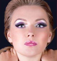 violet silver make up.  gorgeous!