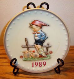 1989 M.J. HUMMEL PLATE 19TH ANNUAL PLATE HAND PAINTED