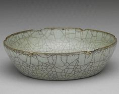 Dish with hibiscus shaped rim in celadon glaze, Guan ware, painted in the Precious Ceramics of Assembled Beauty - Alain.R.Truong