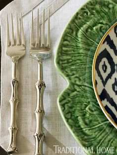 Bamboo flatware, lettuce ware, Ikat - great mix