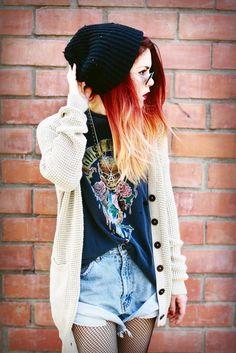 love this grunge look Grunge Look, 90s Grunge, Grunge Style, Soft Grunge, Grunge Outfits, Edgy Outfits, Cool Outfits, Fashion Outfits, Fashion Skirts