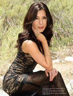 Showbiz Hottie: Raven-Haired Beauty Jaime Murray