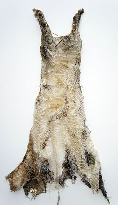 Louise Richardson, Charm (mixed media and shed snake skin) Textiles, Look Festival, Dress Up, Fairy Dress, Fashion Art, Fashion Design, Green Fashion, Emo Fashion, Gothic Fashion