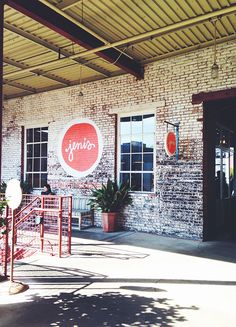 Jeni's Ice Cream Atlanta - wish I knew this existed 2 weeks ago when we were there :(. Sign and logo.