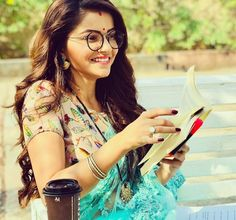 We'll know to celebrate is not into fame since the beginning of their career, their hard work and dedication with amazing appearance and style is what makes them rise to fame. Let us see how our favorite Soumya Aka Rubina Dilaik took a rise in her career. Rubina Dilaik Hot, Encantadia Costume, Bollywood Girls, Saree Look, Tv Actors, Indian Beauty Saree, Indian Celebrities, Beautiful Saree, Hottest Models