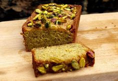 pistachio lemon cake