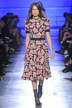 Fall 2014 Trend: Coming Up Roses - Slideshow