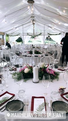 Classic round table look Wedding Venues, Wedding Inspiration, Just For You, Restaurant, Table Decorations, Weddings, Bride, Classic, Home Decor