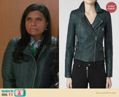 Mindy's green leather jacket on The Mindy Project.  Outfit Details: http://wornontv.net/30358/ #TheMindyProject