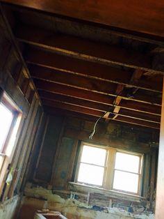Bare ceiling - 8c 4/15
