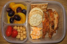 Gads of pictures showing easy-to-make lunch ideas for kids.