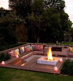 This stylish boma was done by Blok Designs in a Johannesburg garden | SA Garden and Home, issue May 2013