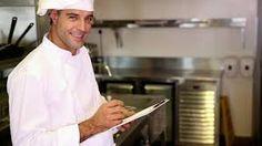 Физическая привлекательность персонала в стратегии ресторана Физически привлекательный персонал ресторана, готовящий для гостей еду и обслуживающий их, делает посещение ресторана особенным. Взаимодействие с симпатичным персоналом активирует центр удовольствия в мозге гостей. Подробнее http://lifeandbrand.com/fizitcheski-privlekatelniy-personal.html