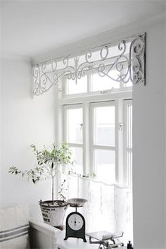 I love this idea. Love the metal window valance - some place in our house on Savage street - Home Projects We Love Kitchen Window Treatments, Kitchen Window Decor, Unique Window Treatments, Kitchen Window Valances, Window Dressings, Shabby Chic Kitchen, Curtain Designs, Pelmet Designs, House Windows