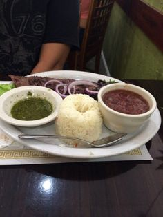 Central American cuisine-El Atlakat-Bird Road