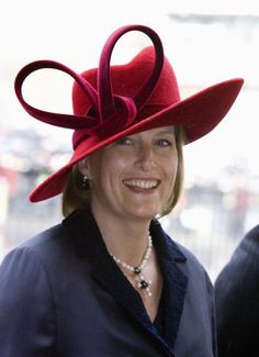 Sophie, Countess of Wessex..2007. What was she thinking when she decided to wear this???