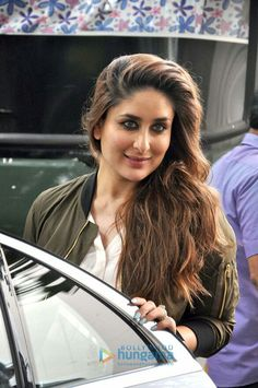 Smoking hot Kareena