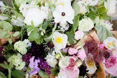 finfolk brunch flowers