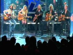 Def Leppard and Taylor Swift - Two Steps Behind - Live