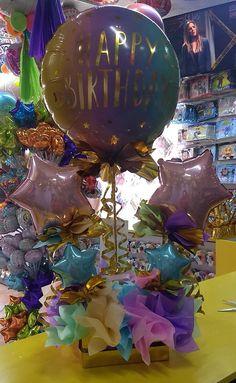 Birthday Balloon Decorations, Birthday Balloons, Paper Decorations, Birthday Bouquet, Diy Birthday, Birthday Gifts, Balloon Arrangements, Balloon Centerpieces, Bubble Balloons