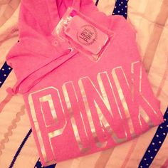 <3 PINK by Victoria's Secret. Perfect Pullover