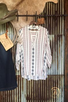 - Southwest tunic - Red, navy and neutrals southwest pattern - Quarter button split neckline - sleeve with button tabs - Nice comfortable longer length - Split sides - Fits true to size, small fit Cowgirl Style, Western Style, Western Wear, Fashion Women, Fashion Ideas, Fashion Outfits, Savannah Sevens, Style Ideas, Style Inspiration