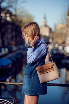 chambray all over. denim dress, shoulder  bag, such an easy weekend look