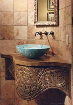 Love the turquoise sink ~