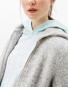 Hooded zipped coat - Päällystakit & takit - Bershka Finland