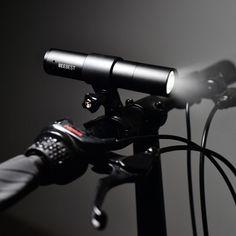 Xiaomi MI Beebest Portable Zoom Flashlight 1000 lumens Battery Type-C Charging - Black Distress Signal, Light Flashlight, Luminous Flux, Strobing, Tent Camping, Aluminium Alloy, Telescope, Minimalist Design, Edc
