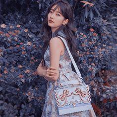 Pretty Clothes, Pretty Outfits, Bae Suzy, Chara, Kpop Girls, Dramas, Korea, Beautiful Women, Actresses