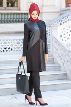 Aşiyan - Deri Detaylı Siyah Tunik - Tesetturisland.com Modern Hijab Fashion, Modest Fashion, Girl Fashion, Fashion Outfits, Womens Fashion, Muslim Girls, Muslim Women, Linen Dresses, Women's Dresses