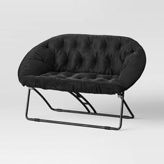 Black Room Design, Black Room Decor, Black Rooms, Dorm Room Chairs, White Accent Chair, Cute Bedroom Ideas, College Room, Black Furniture, Room Essentials