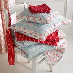 Vintage style bedding and pillows. http://www.worldstores.co.uk/p/Sashi_Catherine_Bedding_Set.htm