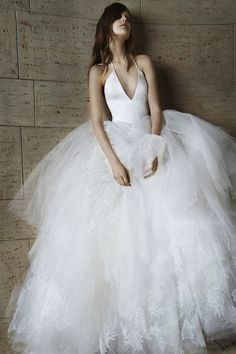 Vera Wang's New Edgy Wedding Dress Collection Spring 2015 | Popbee - a fashion, beauty blog in Hong Kong.