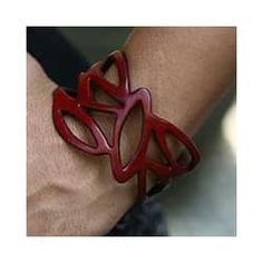 Handmade Leather 'Crimson Nest' Wristband Bracelet (Indonesia)