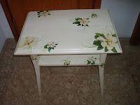 Mesa restaurada con decoupage