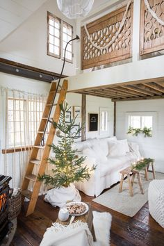 10 Cozy Holiday Decorating Ideas for Small Spaces