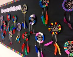 & Art Club) Art with Mrs. Nguyen (Gram): Dreamcatchers & Art Club)Art with Mrs. Native American Projects, Native American Art, American History, Art Club Projects, 4th Grade Art, Ecole Art, Dream Catcher Art, Art Lessons Elementary, Middle School Art