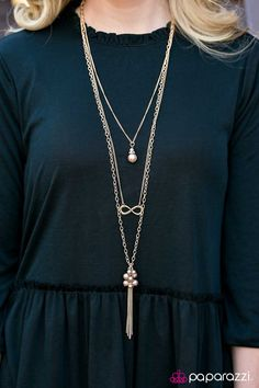 $5 EVERYDAY, amazing infinity layered necklace and matching earrings on DeanasDeals.com
