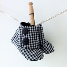 Our picks for the cutest baby clothes 2013, from big brands to Etsy artists. (Love these handmade baby spats!)