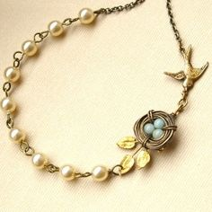 Gorgeous Necklace! I knew I had been saving the bird's nest I made for something special...this is it! <3