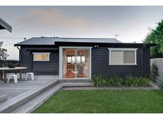 karen akers gerroa beach house