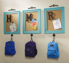 30 Lifesaver Back-to-School Organization Ideas for the Home Are you stressed out thinking about the chaos that comes with back-to-school? Organization is key! Back To School Organization, Clutter Organization, Home Organization Hacks, Bedroom Organization, Kitchen Organization, Backpack Hooks, Backpack Storage, Kids Backpack Organization, Backpack Wall