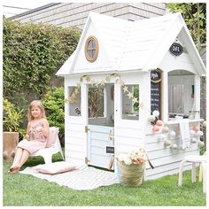 The PLAYHOUSE REVEAL is here!!! 3 coats of paint, boards fixed, gold trim and all sorts of little details make me so excited to be sharing this makeover on the blog today. Head to the link in profile #childrensinteriors #playhouse #ontheblog