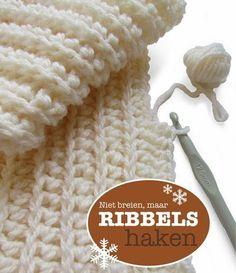 maar RIBBELS HAKEN ribbing that looks like knitting but it's crochet Crochet Diy, Love Crochet, Learn To Crochet, Crochet Crafts, Crochet Hooks, Crochet Projects, Ribbed Crochet, Crochet Tutorials, Crochet Patron