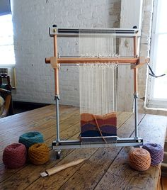 Tapestry looms: 5 things you need to know — Rebecca Mezoff Tapestry Loom, Small Tapestry, Large Tapestries, Rug Loom, Loom Weaving, Paper Weaving, Hand Weaving, Shed Sizes, Contemporary Tapestries
