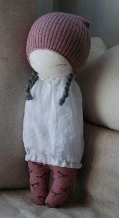 Resultado de imagem para kaszka z mlekiem muc muc doll Sock Dolls, Doll Toys, Tiny Dolls, Cute Dolls, Sewing Toys, Baby Sewing, Sock Crafts, Fabric Toys, Sock Animals